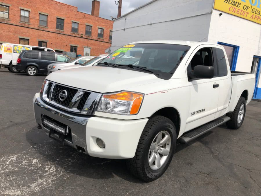 Used 2014 Nissan Titan in Bridgeport, Connecticut | Affordable Motors Inc. Bridgeport, Connecticut