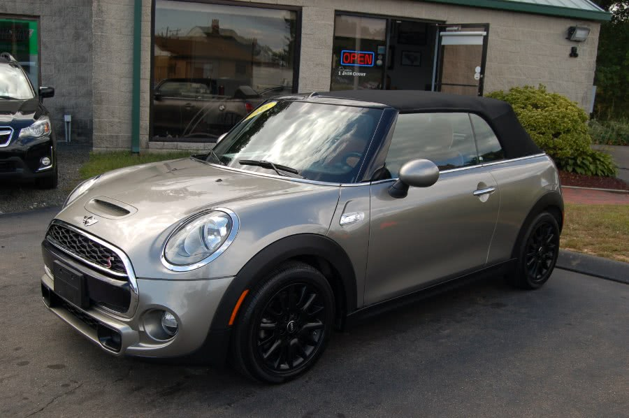 Used MINI Cooper Convertible 2dr S 2016 | M&N`s Autohouse. Old Saybrook, Connecticut