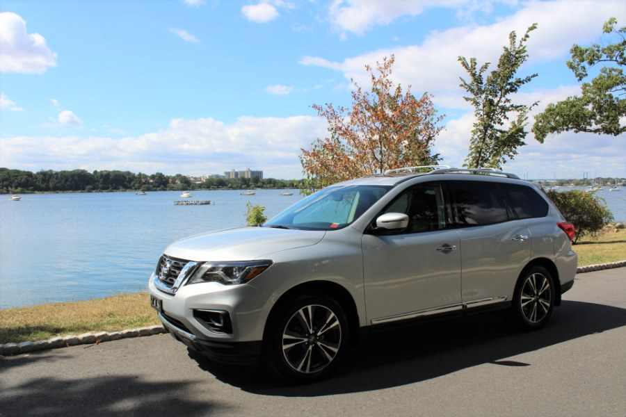 2017 Nissan Pathfinder 4x4 platinum, available for sale in Great Neck, NY