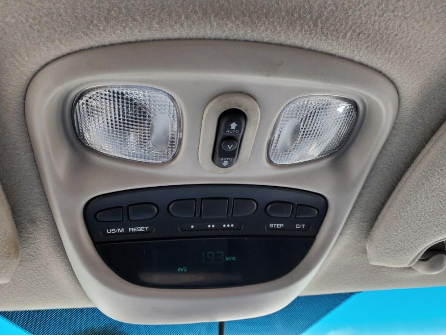 2006 Dodge Ram 2500 4dr Mega Cab 160.5 4WD Laramie, available for sale in West Chester, Ohio | Decent Ride.com. West Chester, Ohio