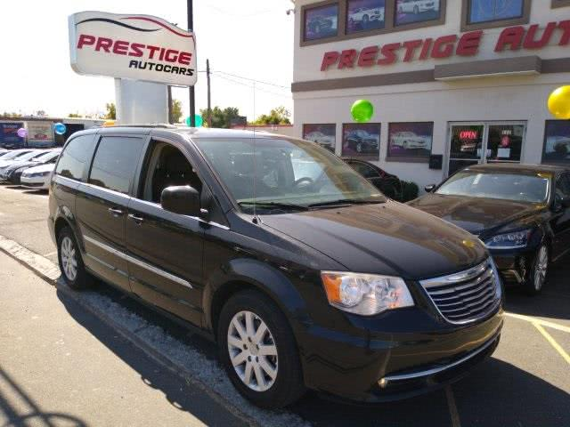 Used 2014 Chrysler Town & Country in New Britain, Connecticut   Prestige Auto Cars LLC. New Britain, Connecticut