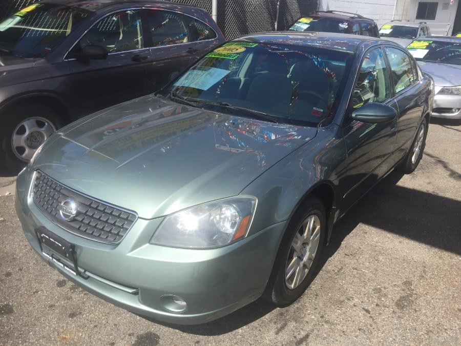 Used Nissan Altima 4dr Sdn I4 Auto 2.5 S 2005 | Middle Village Motors . Middle Village, New York
