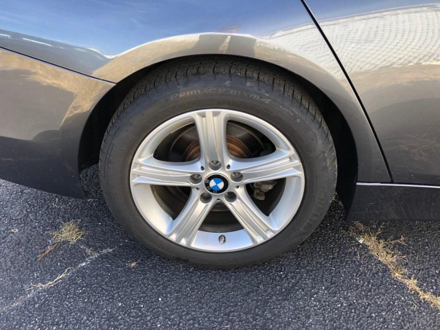 Used BMW 3 Series 4dr Sdn 328i xDrive AWD SULEV 2013 | Carmatch NY. Bayshore, New York