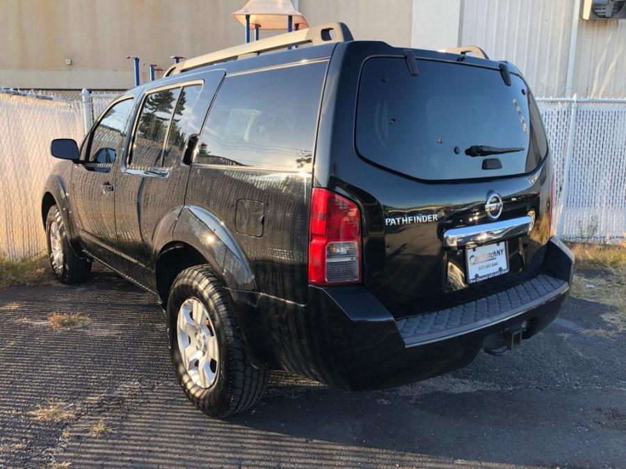 Used Nissan Pathfinder 4WD 4dr V6 S 2011 | Carmatch NY. Bayshore, New York