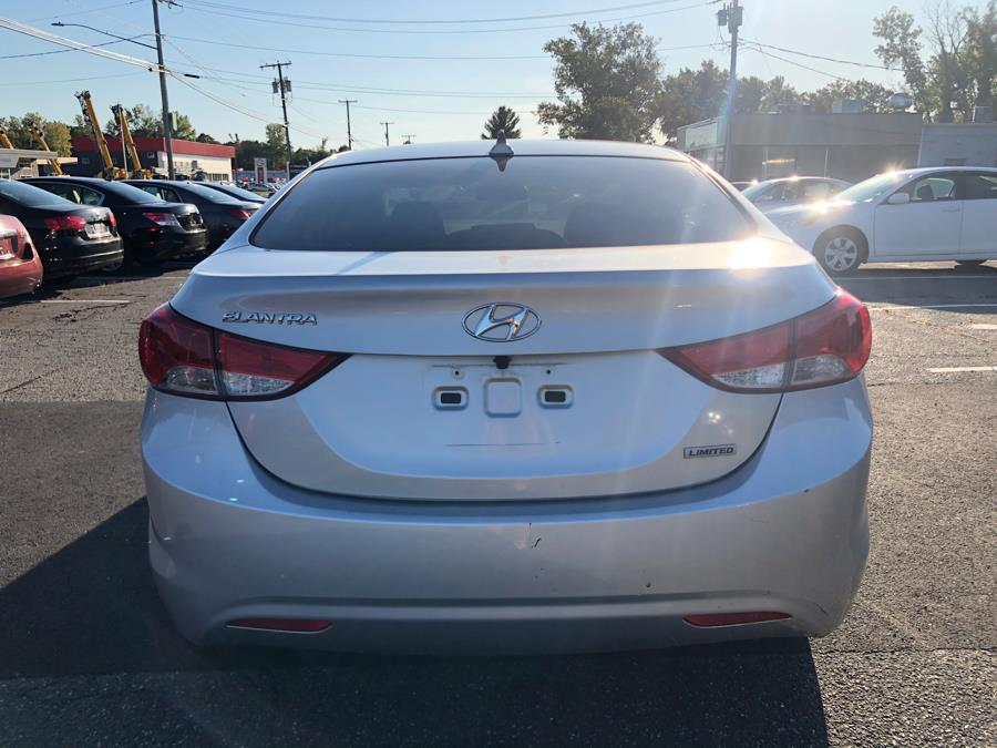 Used Hyundai Elantra 4dr Sdn Auto Limited 2012 | Manchester Car Center. Manchester, Connecticut