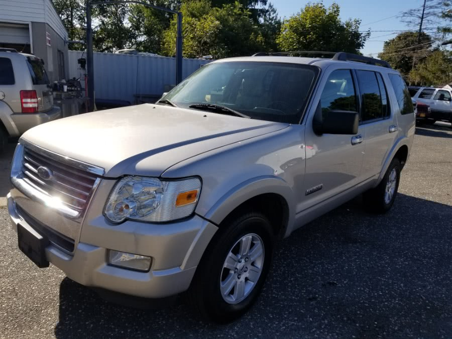 Used 2008 Ford Explorer in Patchogue, New York | Romaxx Truxx. Patchogue, New York