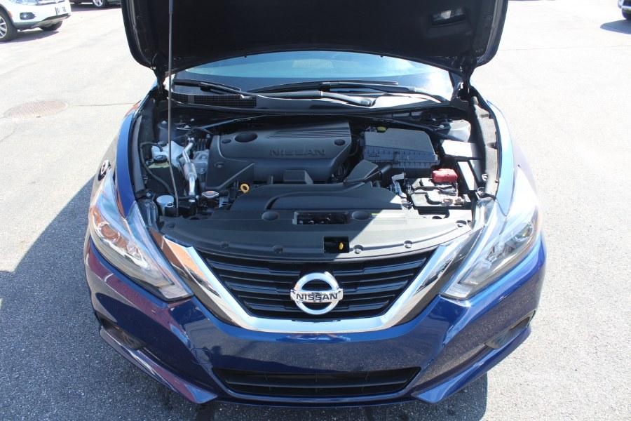 2017 Nissan Altima 2.5 SR Sedan, available for sale in Deer Park, New York | Car Tec Enterprise Leasing & Sales LLC. Deer Park, New York