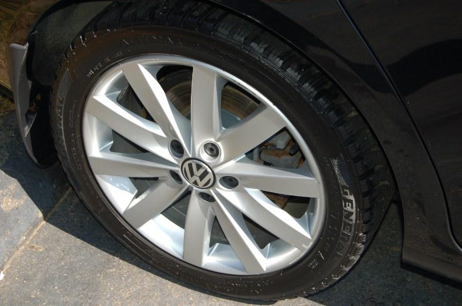 2012 Volkswagen Jetta SportWagen 4dr DSG TDI w/Sunroof, available for sale in Old Saybrook, Connecticut | M&N`s Autohouse. Old Saybrook, Connecticut
