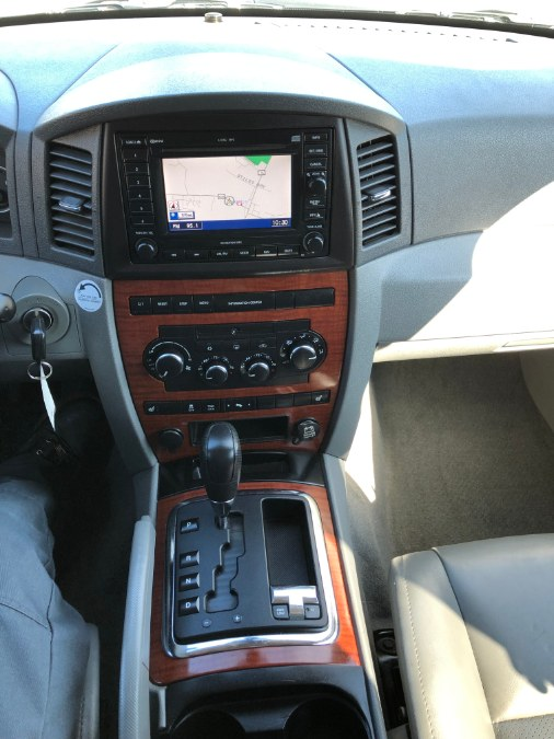 2005 Jeep Grand Cherokee 4dr Limited 4WD, available for sale in Suffield, Connecticut | Suffield Auto Sales. Suffield, Connecticut