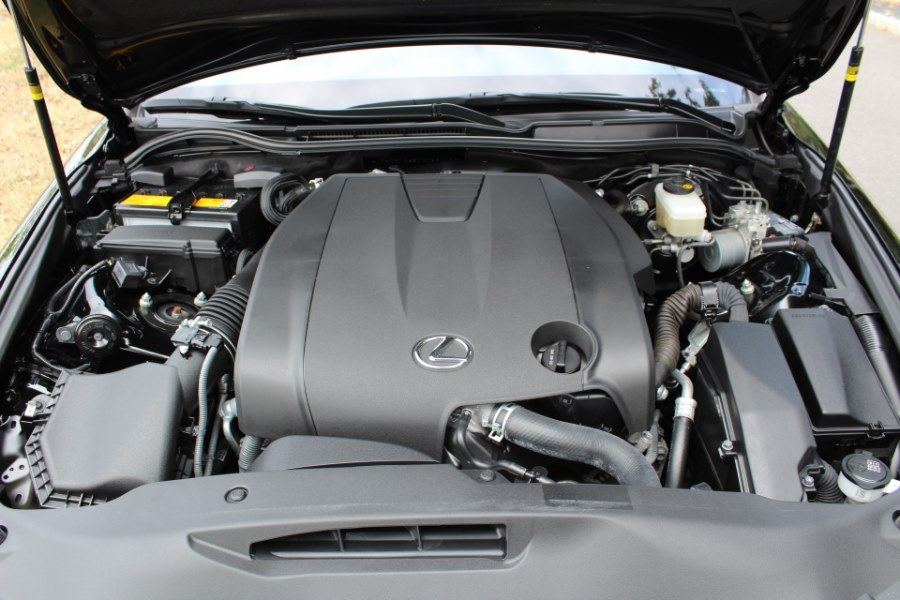 2015 Lexus IS 250 4dr Sport Sdn AWD, available for sale in Great Neck, NY