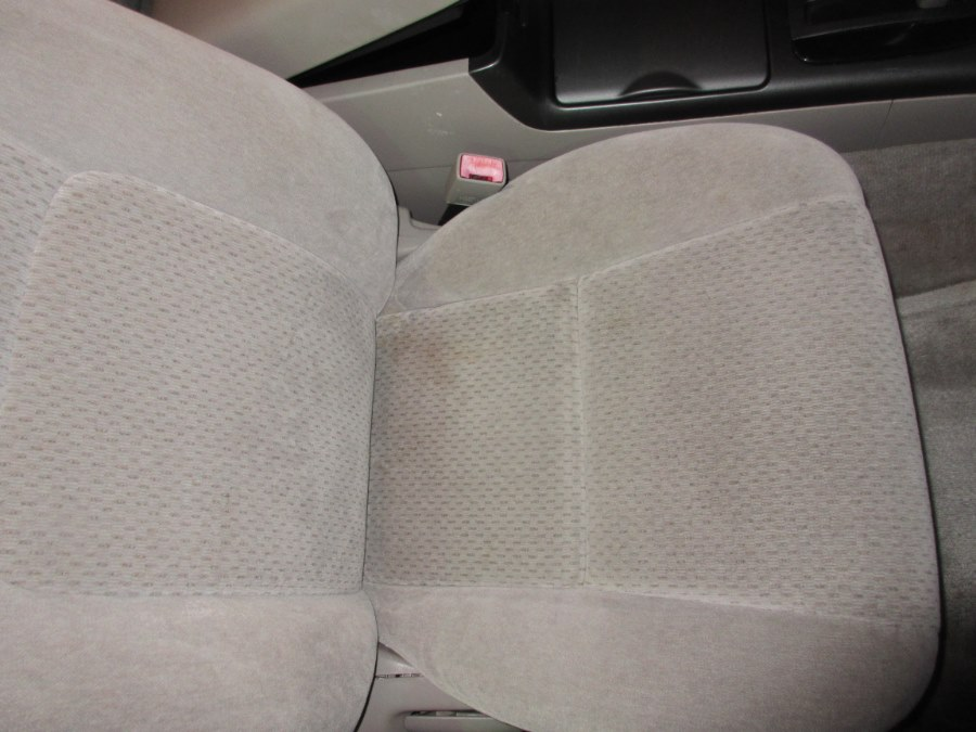 2002 Toyota Camry 4dr Sdn LE Auto (Natl), available for sale in Lynbrook, New York | ACA Auto Sales. Lynbrook, New York