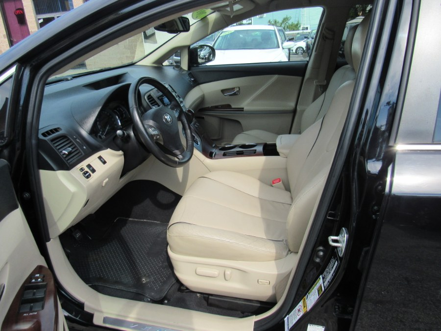 2009 Toyota Venza 4dr Wgn V6 AWD, available for sale in Worcester, Massachusetts | Hilario's Auto Sales Inc.. Worcester, Massachusetts