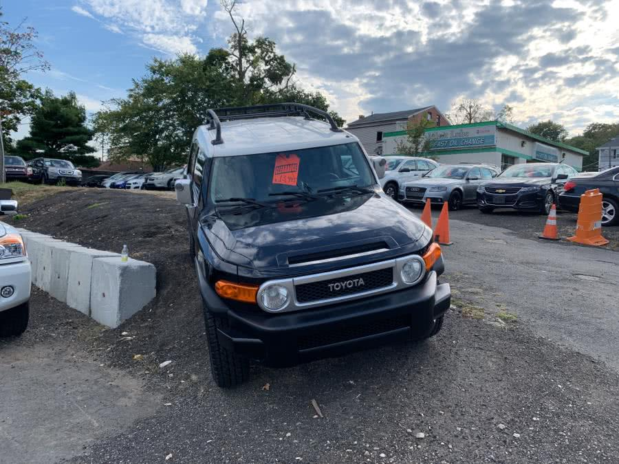 Used 2008 Toyota FJ Cruiser in Danbury, Connecticut | Car City of Danbury, LLC. Danbury, Connecticut