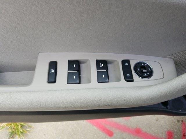 2017 Hyundai Sonata Base, available for sale in Jamaica, New York | Hillside Auto Outlet. Jamaica, New York