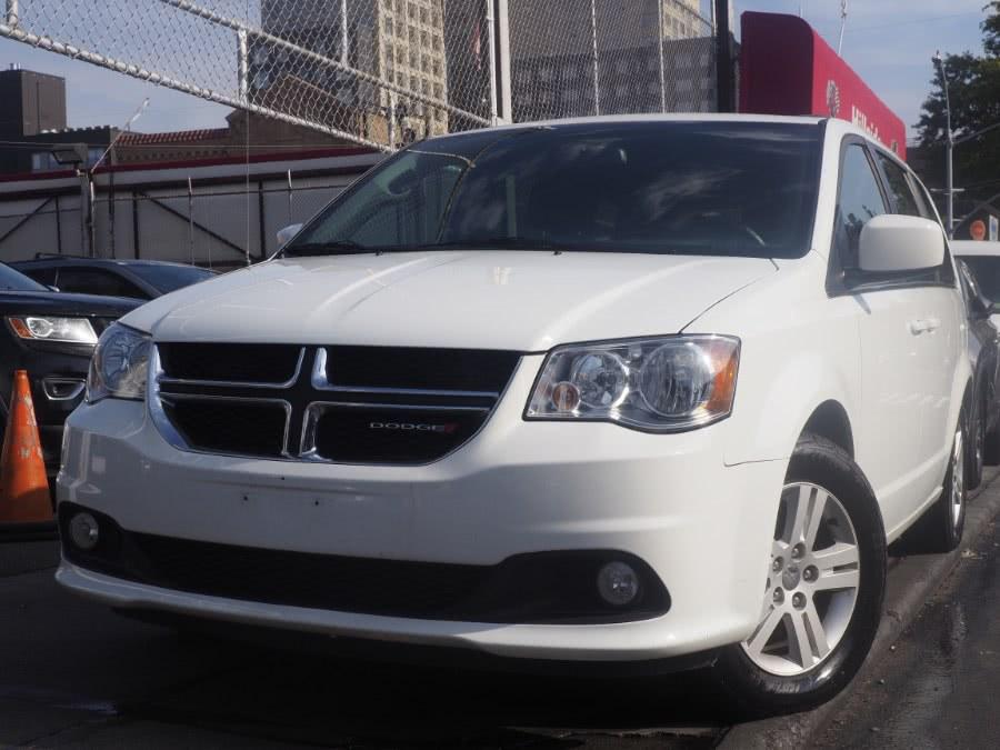 Used 2018 Dodge Grand Caravan in Jamaica, New York | Hillside Auto Mall Inc.. Jamaica, New York