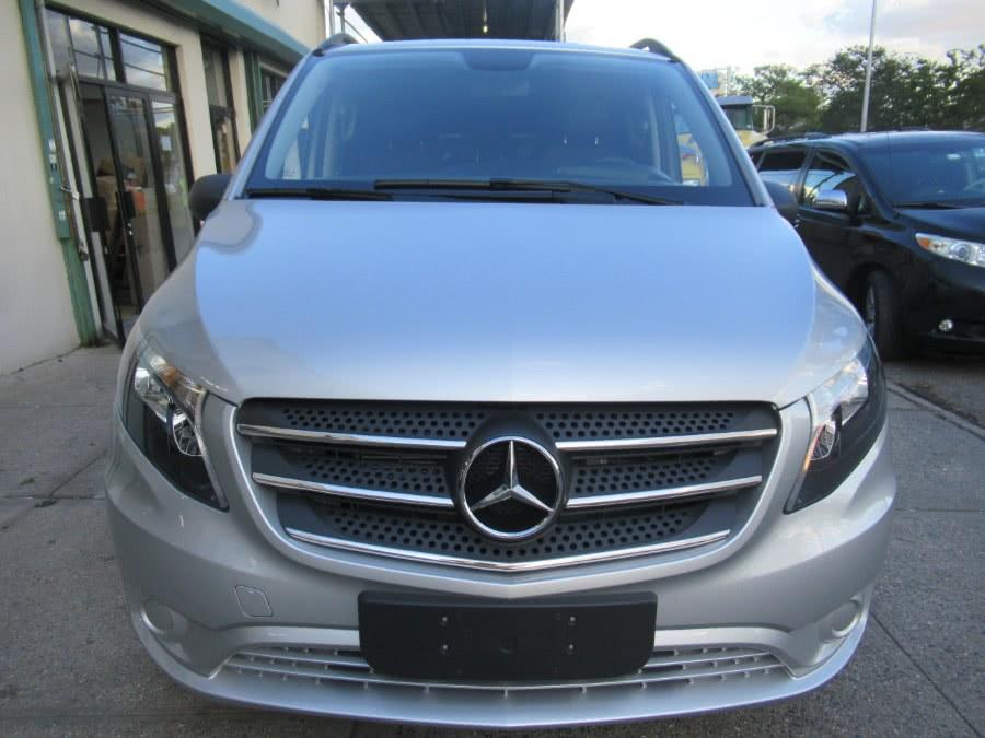 Used 2018 Mercedes-Benz Metris Passenger Van in Woodside, New York | Pepmore Auto Sales Inc.. Woodside, New York