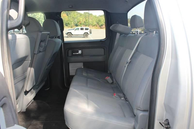2013 Ford F-150 FX4 4x4 4dr SuperCrew Styleside 5.5 ft. SB, available for sale in Waterbury, Connecticut | Sphinx Motorcars. Waterbury, Connecticut