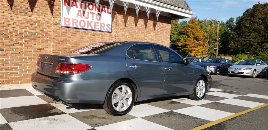 2006 Lexus ES 330 4dr Sedan, available for sale in Waterbury, Connecticut | National Auto Brokers, Inc.. Waterbury, Connecticut