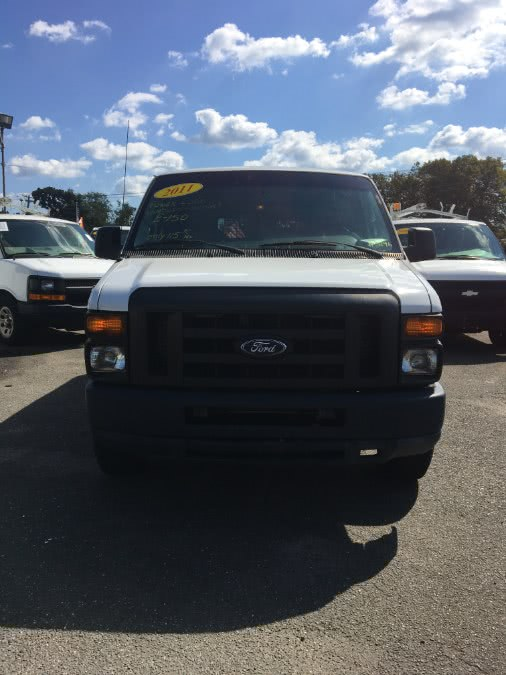 Used 2011 Ford Econoline Cargo Van in Lindenhurst, New York | The Van Depot Inc.. Lindenhurst, New York
