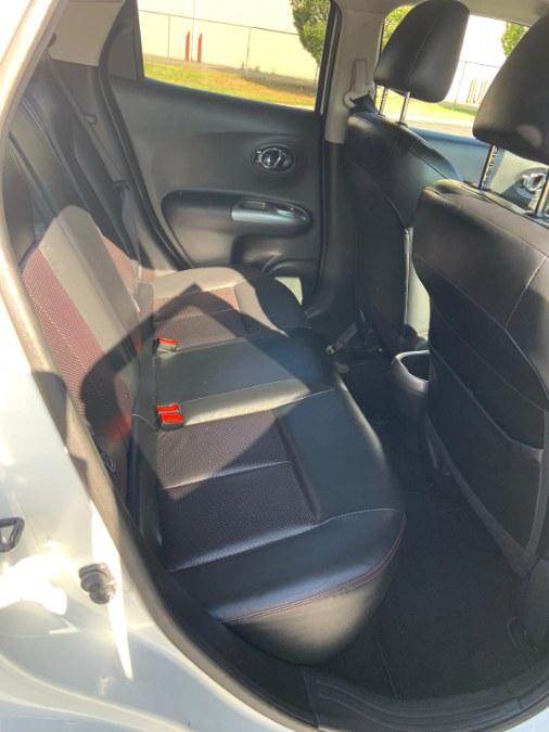 Used Nissan JUKE 5dr Wgn CVT SV AWD 2013 | A-Tech. Medford, Massachusetts