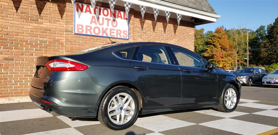 Used Ford Fusion 4dr Sdn SE FWD 2015 | National Auto Brokers, Inc.. Waterbury, Connecticut