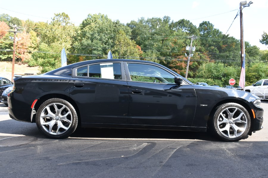 2015 Dodge Charger 4dr Sdn RT RWD, available for sale in Waterbury, Connecticut | Highline Car Connection. Waterbury, Connecticut