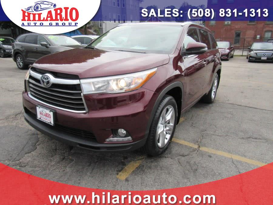 Used 2015 Toyota Highlander in Worcester, Massachusetts | Hilario's Auto Sales Inc.. Worcester, Massachusetts