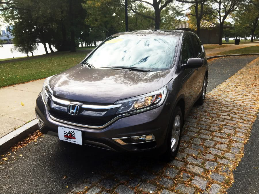 Used 2016 Honda CR-V in Chelsea, Massachusetts | New Star Motors. Chelsea, Massachusetts