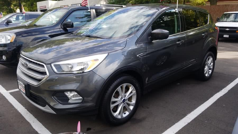 Used 2017 Ford Escape in Wethersfield, Connecticut | State Line Auto LLC. Wethersfield, Connecticut