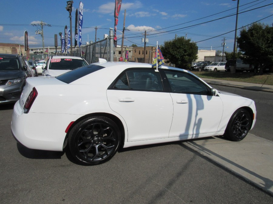 Used Chrysler 300 S 4dr Sedan 2019 | NJ Used Cars Center. Irvington, New Jersey