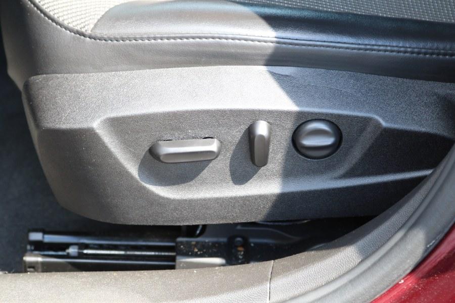 Used Chevrolet Malibu LT 4dr Sedan w/1LT 2015   NJ Used Cars Center. Irvington, New Jersey