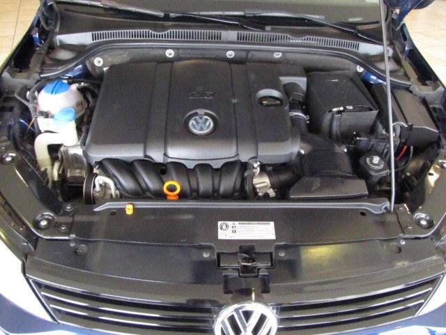 2012 Volkswagen Jetta Sedan 4dr Auto 2.5L SE, available for sale in Placentia, California | Auto Network Group Inc. Placentia, California