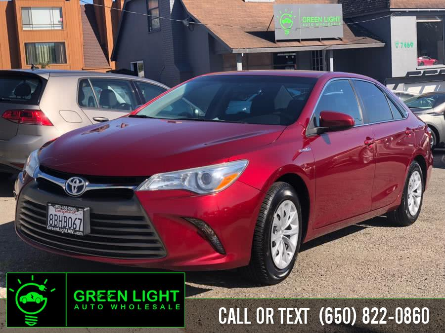Used 2015 Toyota Camry Hybrid in Daly City, California | Green Light Auto Wholesale. Daly City, California