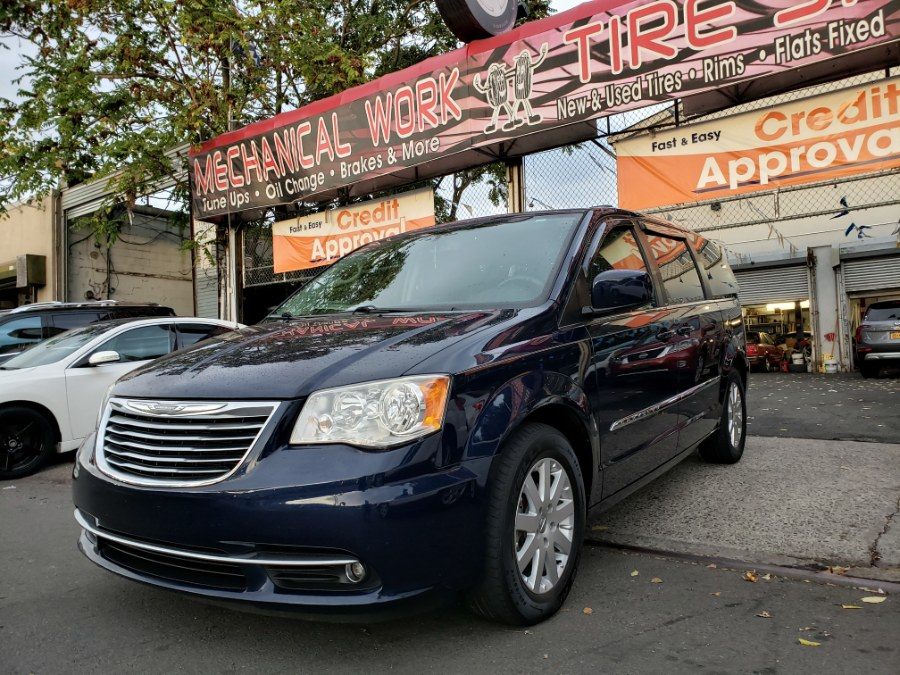 2014 Chrysler Town & Country 4dr Wgn Touring, available for sale in Brooklyn, New York | Rubber Bros Auto World. Brooklyn, New York