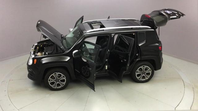 2016 Jeep Renegade 4WD 4dr Limited, available for sale in Naugatuck, Connecticut | J&M Automotive Sls&Svc LLC. Naugatuck, Connecticut