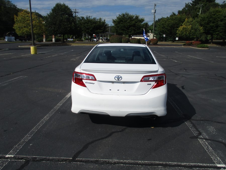 Used Toyota Camry 4dr Sdn I4 Auto SE (Natl) *Ltd Avail* 2014 | Universal Motors LLC. New Britain, Connecticut