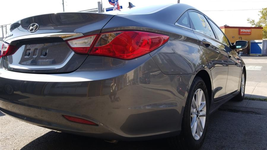 2012 Hyundai Sonata 4dr Sdn 2.4L Auto GLS, available for sale in Bronx, New York | New York Motors Group Solutions LLC. Bronx, New York