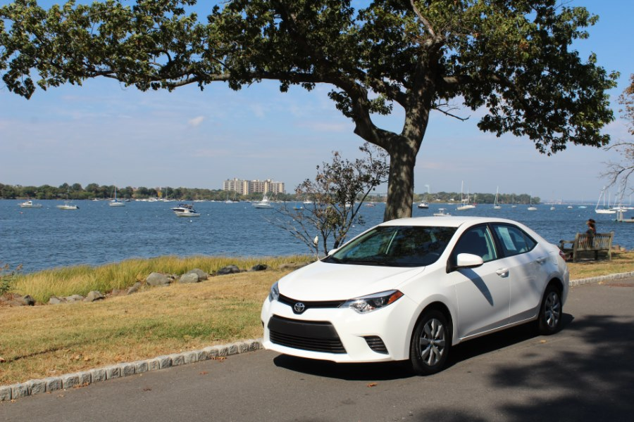 2016 Toyota Corolla 4dr Sdn  LE, available for sale in Great Neck, NY