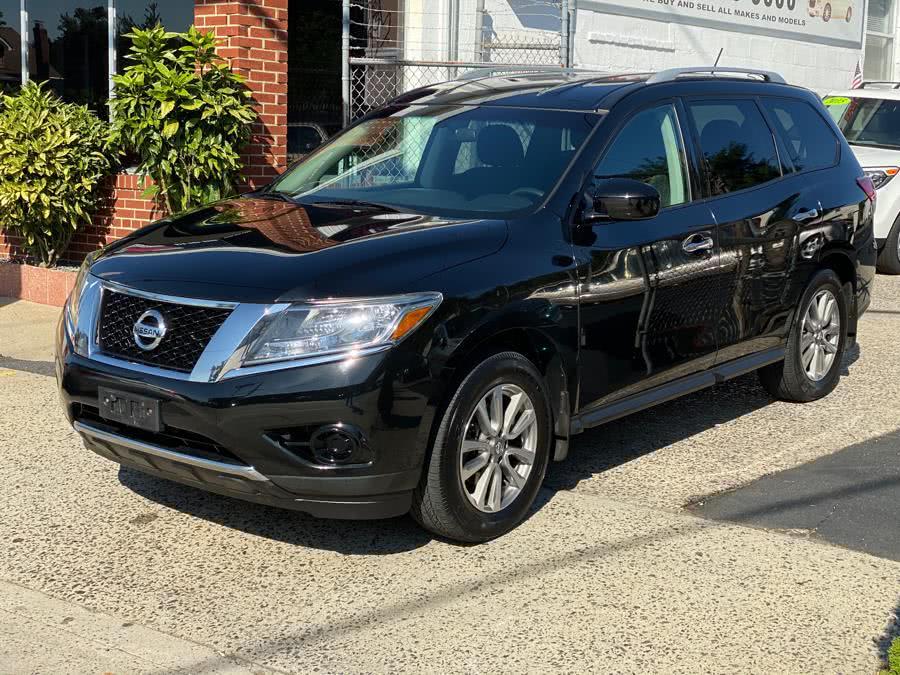 Used 2014 Nissan Pathfinder in Baldwin, New York   Carmoney Auto Sales. Baldwin, New York