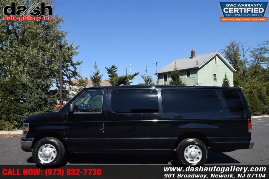 2013 Ford Econoline Wagon E-350 Super Duty Ext XLT, available for sale in Newark, New Jersey   Dash Auto Gallery Inc.. Newark, New Jersey
