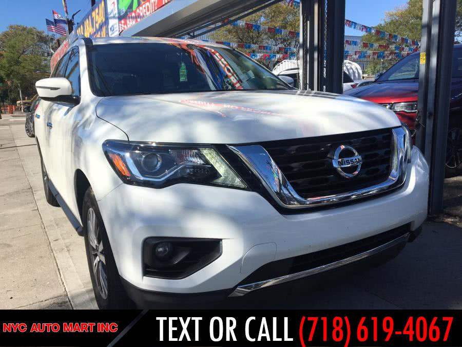 Used 2017 Nissan Pathfinder in Brooklyn, New York | NYC Automart Inc. Brooklyn, New York