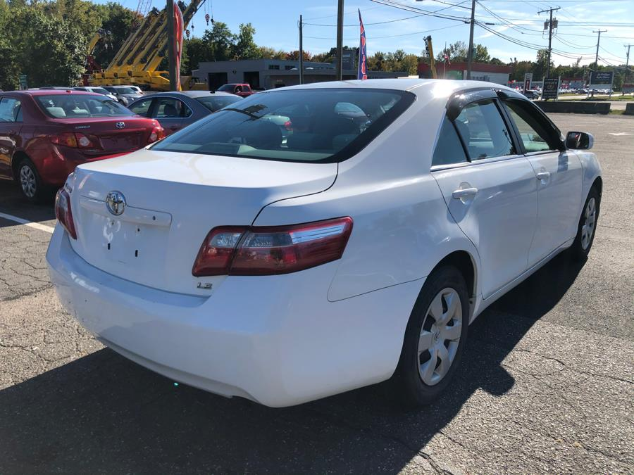 2007 Toyota Camry 4dr Sdn I4 Auto LE (Natl), available for sale in Manchester, Connecticut | Manchester Car Center. Manchester, Connecticut