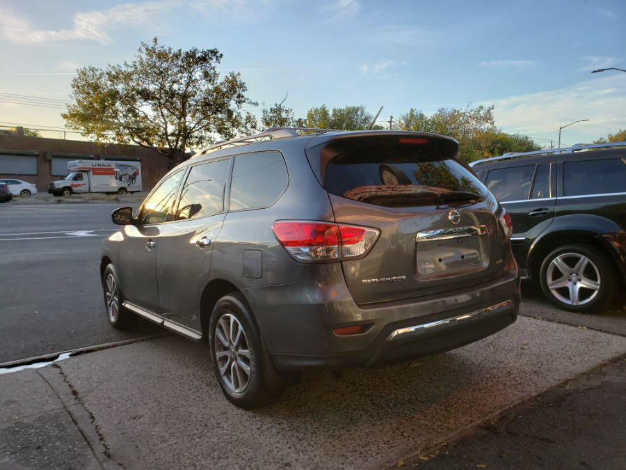2015 Nissan Pathfinder 4WD 4dr S *Ltd Avail*, available for sale in Brooklyn, New York | Rubber Bros Auto World. Brooklyn, New York