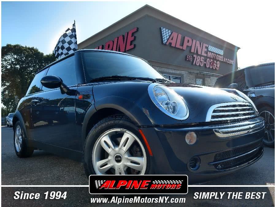Used 2006 MINI Cooper Hardtop in Wantagh, New York | Alpine Motors Inc. Wantagh, New York