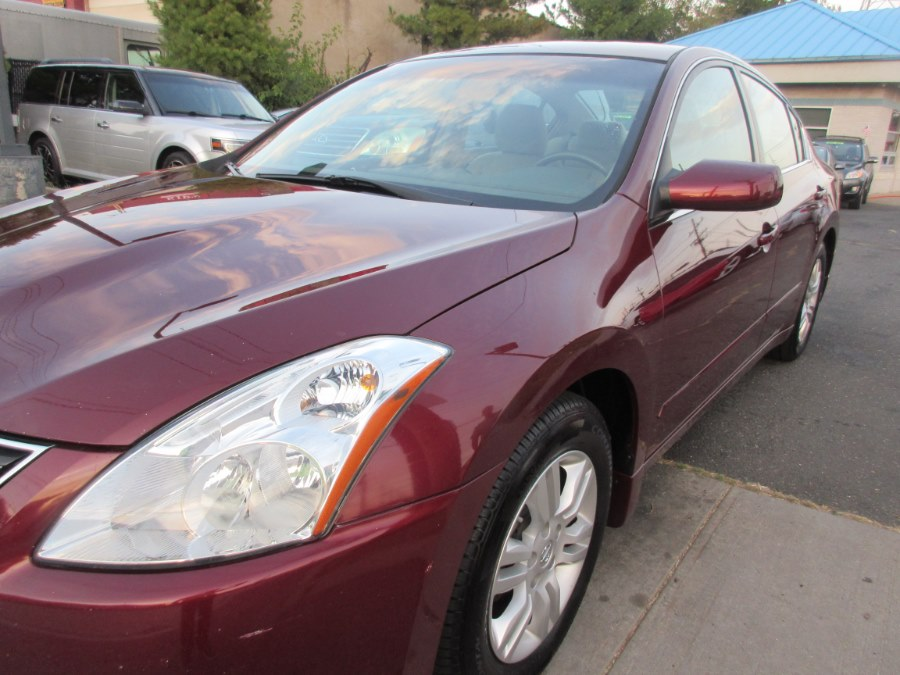 2010 Nissan Altima 4dr Sdn I4 CVT 2.5 S, available for sale in Lynbrook, New York | ACA Auto Sales. Lynbrook, New York