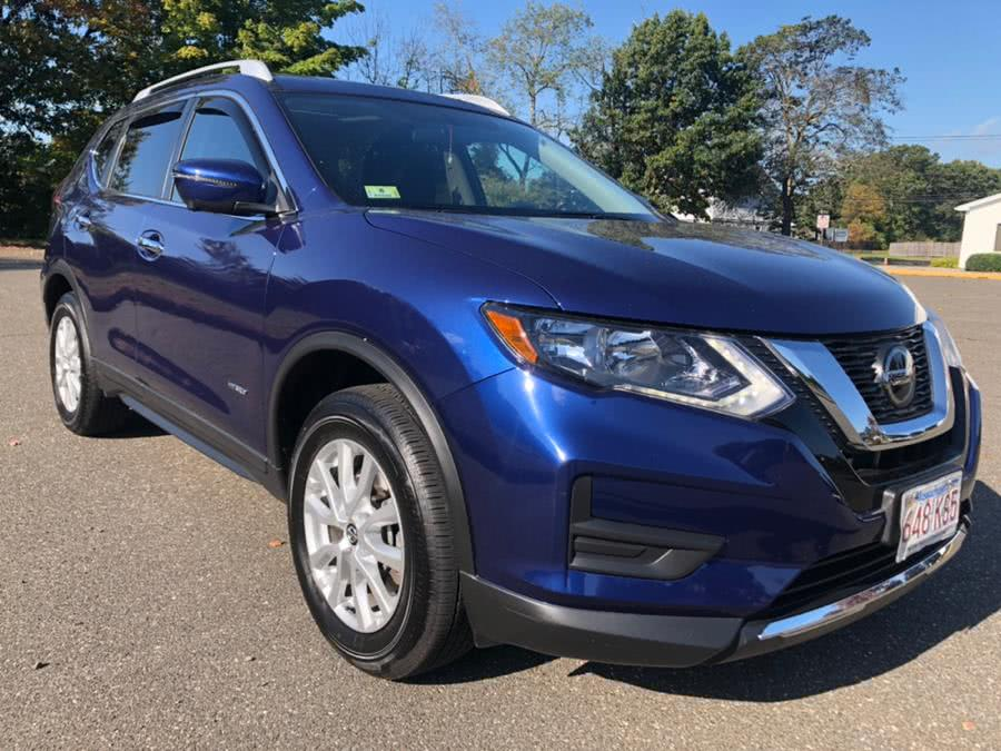 Used 2018 Nissan Rogue in Agawam, Massachusetts | Malkoon Motors. Agawam, Massachusetts