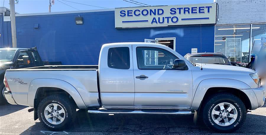 Used 2011 Toyota Tacoma in Manchester, New Hampshire | Second Street Auto Sales Inc. Manchester, New Hampshire