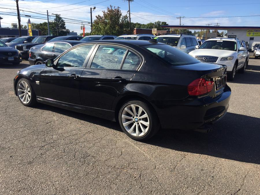 2011 BMW 3 Series 4dr Sdn 328i xDrive AWD SULEV, available for sale in Manchester, Connecticut   Best Auto Sales LLC. Manchester, Connecticut
