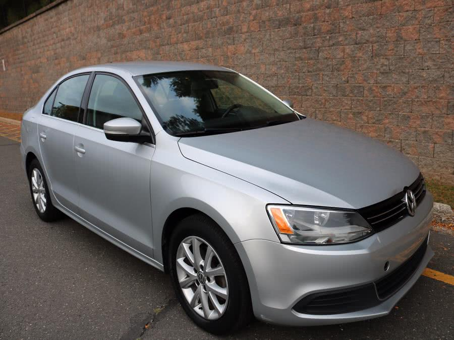 2014 Volkswagen Jetta Sedan 4dr Man SE, available for sale in Canton , Connecticut | Bach Motor Cars. Canton , Connecticut