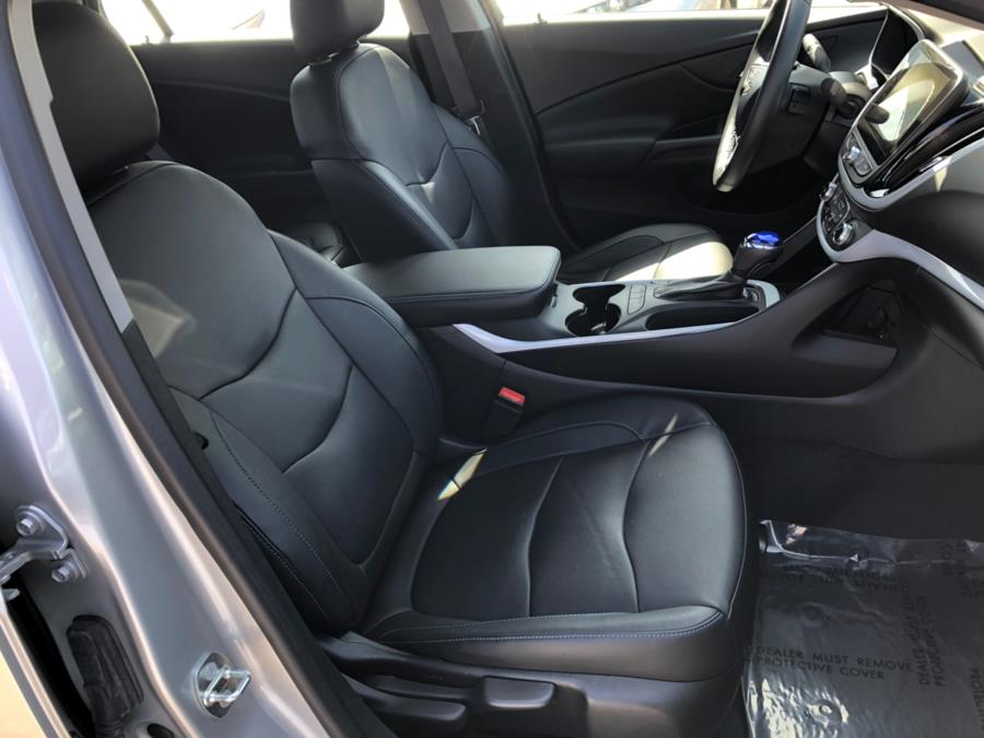 2017 Chevrolet Volt LT Comfort Pkg + Leather + Bose, available for sale in Daly City, California   Green Light Auto Wholesale. Daly City, California